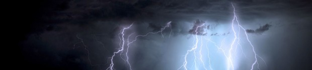 lightning-15158027_1920