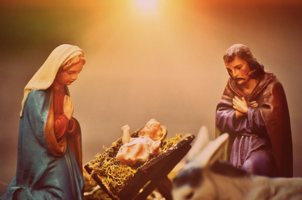 christmas-crib-figures-1060052_1920